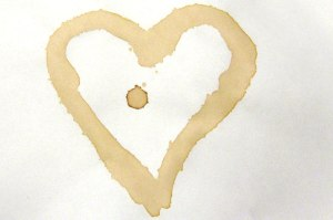 coffee-stain-art-heart_800x533